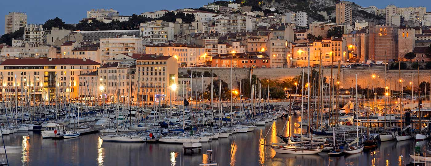 Low cost holidays in Marseilles, combining culture and relaxation.