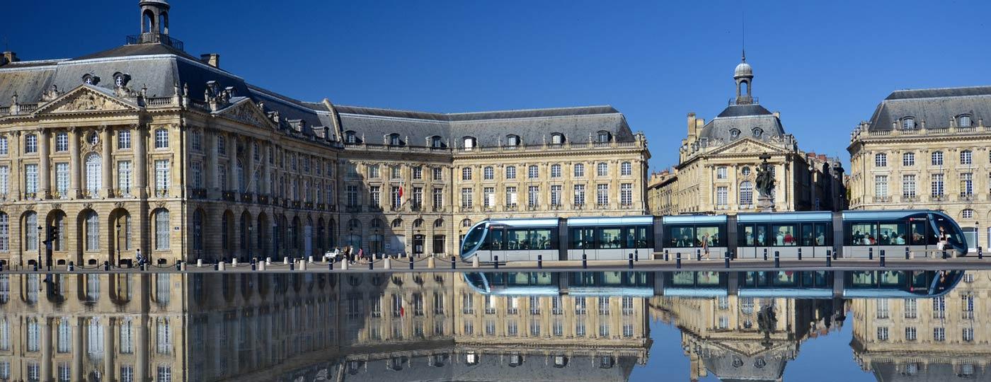 Farbe bekommen in einem günstigen Urlaub in Bordeaux