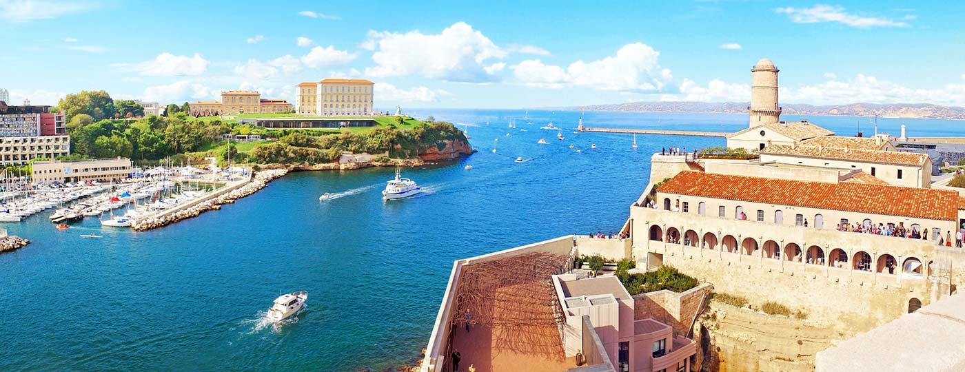 Descanso y sorpresas aguardan cerca del hotel barato de La Corniche en Marsella.