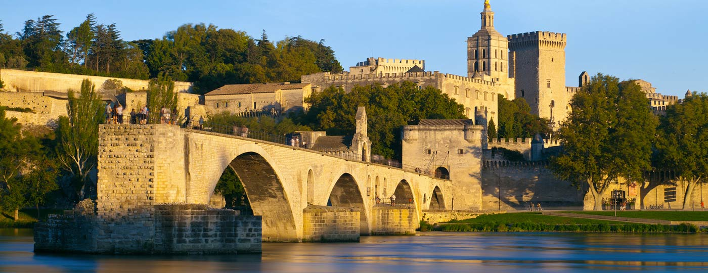 Blue skies are the perfect backdrop to your cheap hotel in Avignon