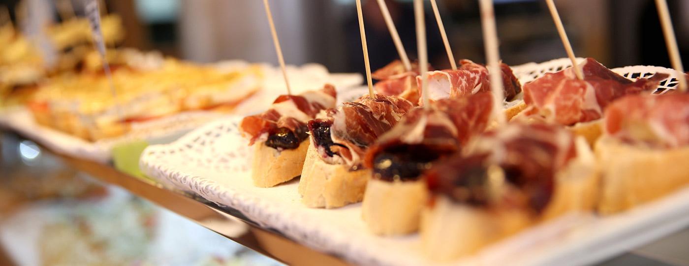 Los famosos pintxos de Bilbao, una oferta gastronómica que no te puedes perder