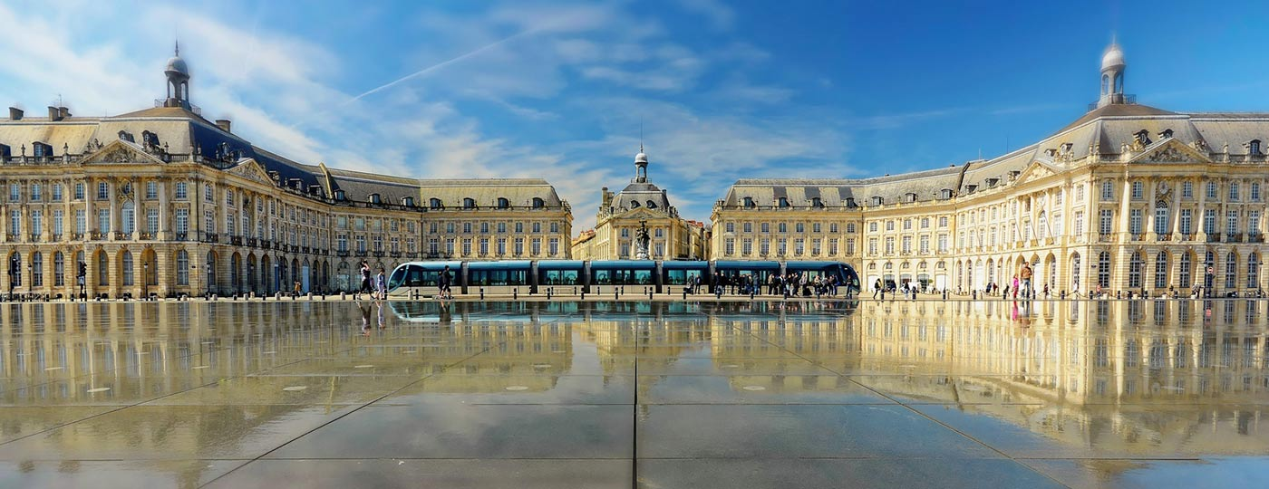 For a top holiday, stay in a cheap hotel on Place de la Bourse in Bordeaux