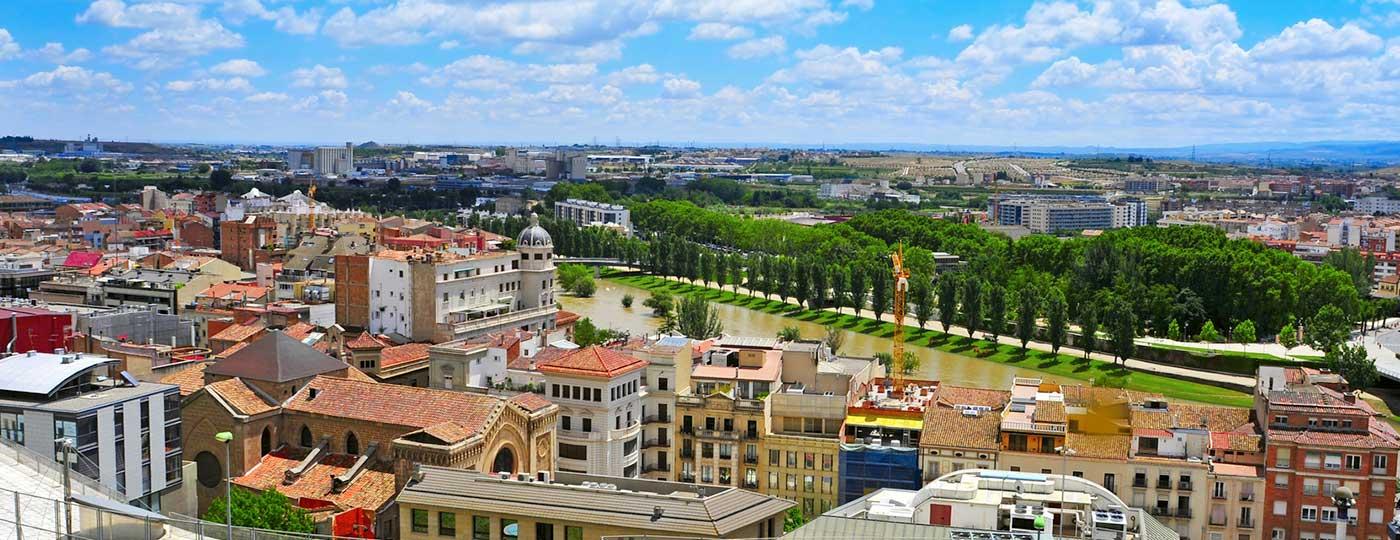 Vista panorámica de la ciudad de Lleida, la segunda capital más grande de Cataluña