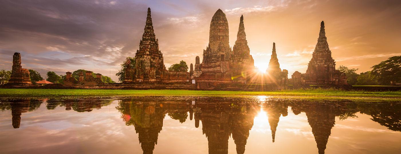 Ruinas Ayutthaya, una de las increíbles vistas que podrás disfrutar si te alojas en tu hotel en Tailandia