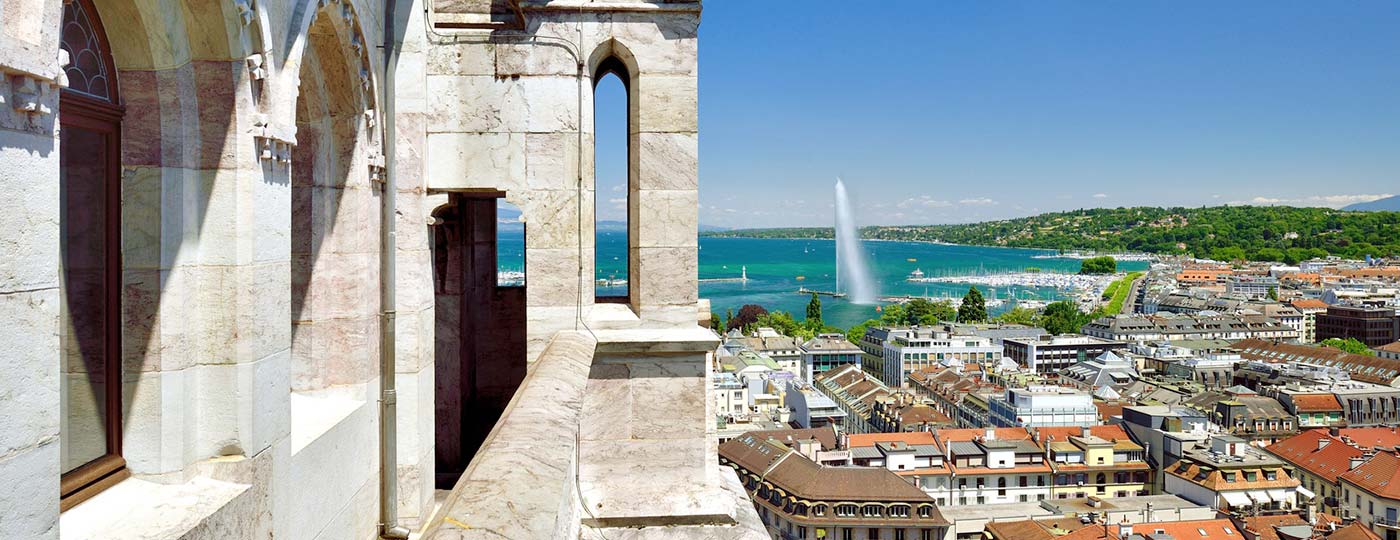 Discover the hidden gems of the old town of Geneva