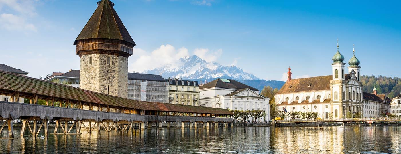 Genießen Sie die Schönheit des mittelalterlichen Luzerns, das Schweizer Juwel am Vierwaldstättersee