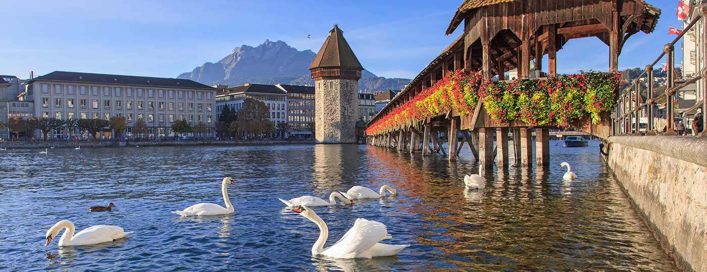 Take a culture bath in Lucerne, lovely and picturesque medieval city