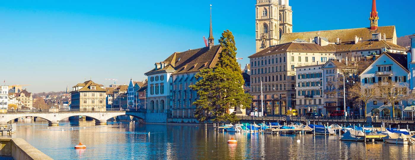 Partir à la découverte des charmes de la Vieille-Ville - Hôtel Zurich centre