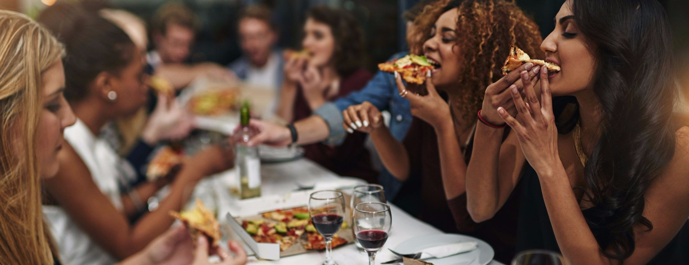 Veja as dicas e escolha onde comer durante sua viagem