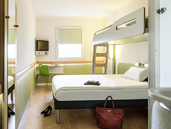 h tel ibis budget poitiers nord futuroscope r servez votre h tel pas cher chasseneuil du poitou. Black Bedroom Furniture Sets. Home Design Ideas