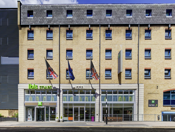 Hotel pas cher londres ibis styles londres excel for Hotel pas cher a londres